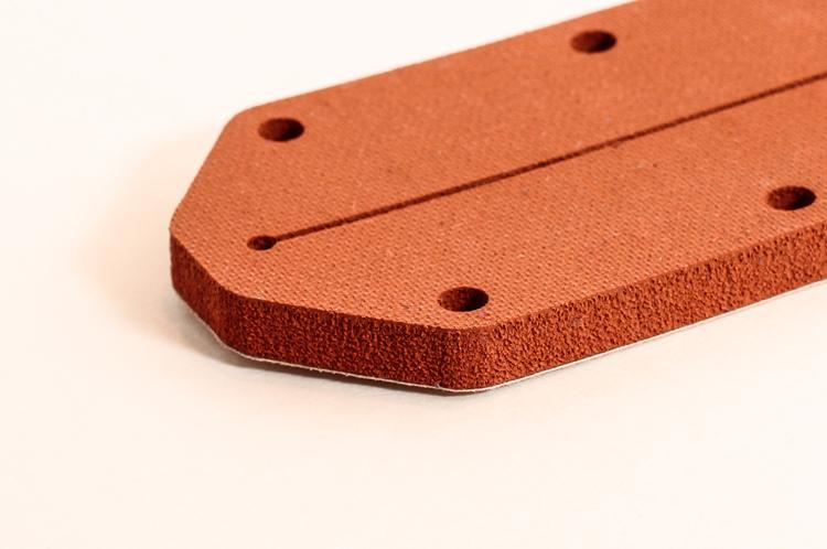 硅胶泡棉在新能源车电池组上的广泛运用
